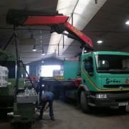 Descarga y colocación de maquinas
