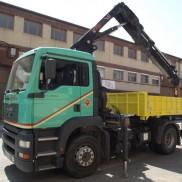 Tractora con grúa Hiab 288